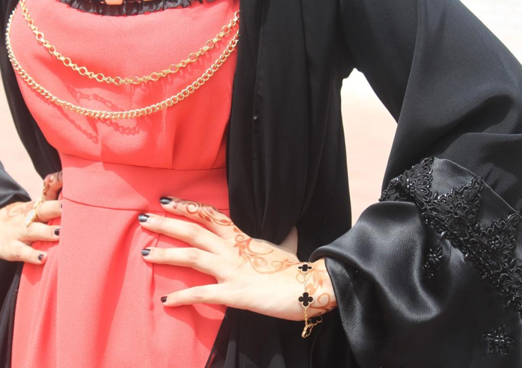 بنات الامارات ملابس بنات الامارات